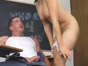 ห้องเรียนเอเชีย busty เพศทางทวารหนัก