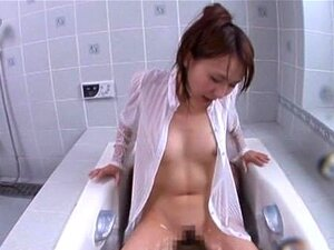 Jessica Kizaki ผู้หญิงขี่ผอมดีไก่อ่างอาบน้ำร้อน part1