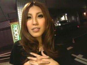 ของ Gal คืนบุคคล 9 กลุ่มของสาว gyaru เที่ยวกลางคืนในวิดีโอนี้ และก็ทั้งสนุกและเครื่องดื่มร้าย ที่เห็นได้ชัดในเพศและเซ็กซ์ Sratting คะนะมิร่า (Ryo ฮา), Hoshizaki/คาเฟ่, Akikawa มินามิ และอื่น ๆ