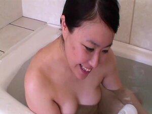 Machiko Koda - Exotic JAV Milf Penetrated Deep