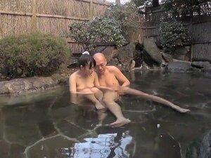 ดอกทองญี่ปุ่นเงี่ยนสุด ๆ อาบน้ำ ฉาก JAV วัยรุ่น