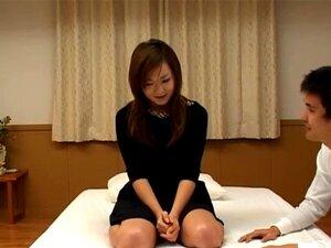 หนุ่มสาว Yumi รู้สึก eger กลืน