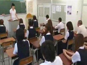 นักเรียนญี่ปุ่นถ่ายใหม่ไปเปลือยกายในโรงเรียน CFNM