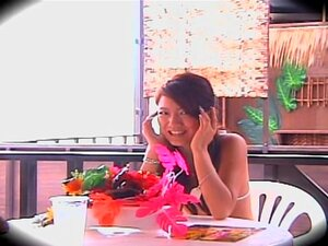 Spy camera films a really cool chick and her masseur, Delicious and kinky, this Japanese bimbo gets crammed pretty hard in this Japanese sex video and it seems that she loves it. Her loud moans clearly say how much it pleases her.