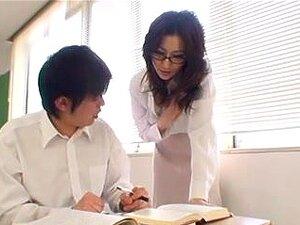 ครูโอเรียนเต็ลกับนมยักษ์กระสอบ Copulates นักเรียน