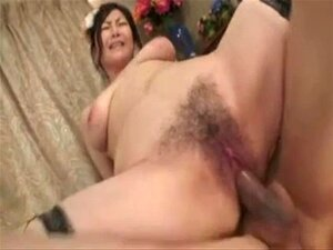 Pretty Japanese Mature's Cunt Fucked & Creampi. Pretty Japanese Mature's Cunt Fucked & Creampied
