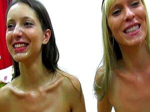 ผู้หญิง ชักว่าวใส่หน้าทั้งสองสลับ และกลืนน้ำกาม