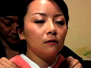 Sexy Asian wife gets her hairy snatch pumped full of cock