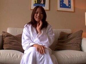 สาวญี่ปุ่นในระยะใกล้บ้า วิดีโอ POV JAV