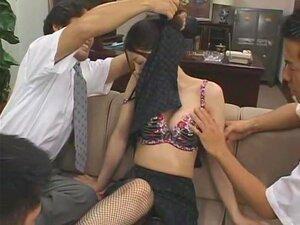 Bako Bako งมงาย 4 สมาชิกอยากดูนม Yuki Touma ดังนั้นที่นี่เธอเป็นใน S1 studio Bako Bako งมงาย 4 เครื่องแต่งกายที่หยาบคายเล่นกับยูกิการชาร์จทางเพศบนฉากเช่นหัวหน้าสำนักงาน ครู พยาบาลด้ง และอื่น ๆ 3P และ P 4 หลายฉาก และยังกระตุ้นฉากที่ยูกิ squirts คือสมาชิกร้