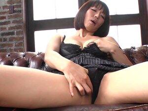 ญี่ปุ่นแปลกใหม่ด้งอิซุ Manaka ในเขา JAV uncensored Cumshots คลิป