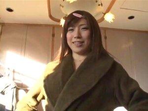 ลักษณะทางกามารมณ์ตูด ตูดของเธอไม่ได้ดีจริง แต่เธอว่าถ้าเธอสวยมาก นี่คือศักดิ์ศรีสตูดิโอ Miu Fujisawa ในเครื่องรางสะโพกวิดีโอของเธอชนนำแสดงโดย ปิด ups ของเพศที่ต้องบดสะโพกและอื่น ๆ
