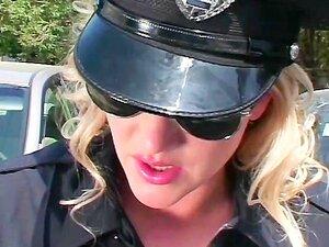 ตำรวจน้ำยาง - ฉาก 2