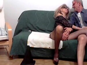 ginamilf secret video on 01/22/15 21:00 from chaturbate,