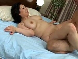 Japanese chubby milf 14 censored