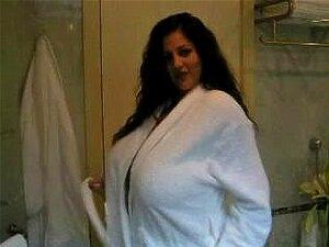 Eden Mor - อาบน้ำ - วิดีโอครั้งแรกของเธอ - 2547 ธันวาคม