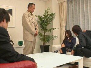 Satomi Suzuki Masturbates และดูดเขาปิด
