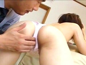 Kurumi Katase has hairy pussy pumped with vibrator and shlong