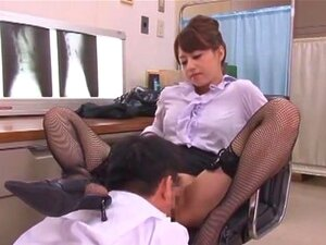 Akiho Yoshizawa in Masochist Doctor. Akiho Yoshizawa plays a kinky doctor in this video, where she has just landed a job at a new clinic. She's no ordinary doctor, but a masochist one, and her urge for sexual gratification and domination is huge.