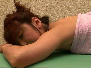 Babes ญี่ปุ่นผอมใน lez การกระทำในทางที่ผิด สวยหญิงโสเภณีโสเภณีญี่ปุ่นแก่ ๆ จะเพลิดเพลินกับเพศประหลาด lez บาง และดูสวยสกปรก และร้อน