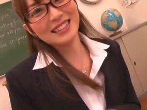 หนุ่มครูหญิง มาก Miku Ohashi สำหรับคุณ ในวิดีโอนี้ เธอเล่นเป็นครูโง่ที่เสนอความช่วยเหลือพิเศษกับนักเรียนหลังเลิกเรียนในห้องเรียน แต่นักเรียนมีจินตนาการเป็นบ้า และต้อง Miku กับแจ็คเขาปิด ยังมีครูและหลักฉากและอื่น ๆ เราจะเริ่มชอบ Miku ขึ้น
