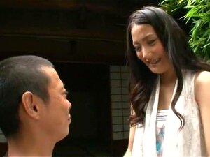 สาวสูงในประเทศญี่ปุ่น