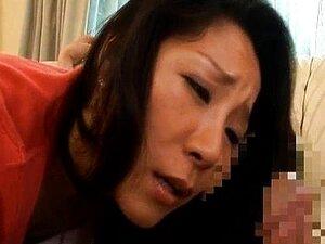 Ayane Asakura Asian MILF has a big sexy