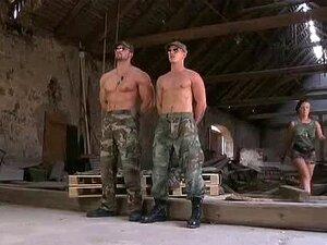 การฝึกอบรมทหารกะเทย
