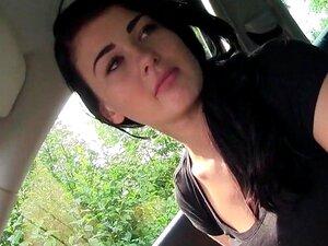 นักเรียนร่วมเพศกลางแจ้ง pov หยิบขึ้นมา โดยคนแปลกหน้า และ ในรถกระพริบจนกว่าเขาหยุดไป และเย็ดหีดูดควันรถของเขาและคอของเธอสาวนักเรียนยุโรป