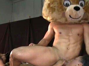หมีเต้นรำ - นี้เป็นบุคคลที่ยิ่งใหญ่ที่สุดของเรา ไปหมาป่าฮาฮา