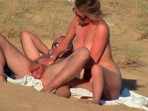 คู่บนชายหาด เวอร์ชั่นเต็ม ฝรั่งเศส