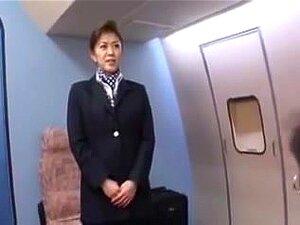 ญี่ปุ่น บริการพนักงานต้อนรับบนห้องโดยสาร