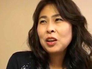 ญี่ปุ่นครีมพาย Runa Mochizuki 38years