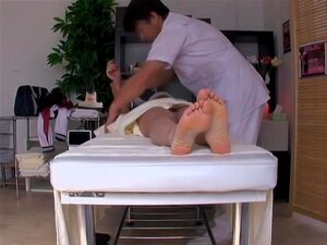 Asian pussy massage and fuck scenes in super sexy porn movie, Every girl need a professional yum-yum massage from time to time and the japanese doctor Jiru knows that. In this porn video he takes care of a broad's wet cunt by drilling it in a very rough manner.