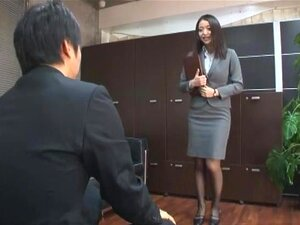 โหลดด้วยฮอร์โมนหญิง พีซ Niiyama เป็นสาว office เงี่ยนใครก็อยากจะโดนผู้บังคับบัญชาของเธอ น่าหลงใหลผู้ชายกับหีของเธอและหน้าอกลึกลับในสำนักงานเป็นงานของเธอในนี้สวมบทบาทเลขานุการวิดีโอ สตูดิโอ: Baltan ความละเอียด: 720 x 420 เวลา: 01:59:48 ขนาด: 1.17 GB Codec: