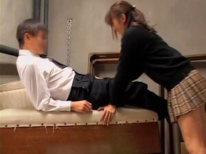 Kinky Jap slobbers on a dong in spy cam Asian sex video, Kinky and very perverted Japanese babe slobbers on a big experienced boner in this amazing hidden camera Japanese sex video and it looks sweet. She knows exactly how to please a man.