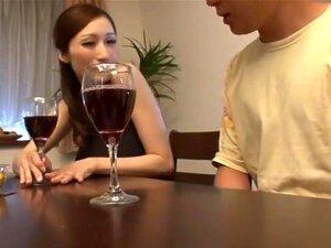 เจคัพไดนาไมต์ ภรรยาทุกครั้งที่เธอใช้เครื่องดื่มแอลกอฮอล์ ลูกสาวจูเลียกลายเป็น โสเภณีสกปรก และขึ้นอยู่กับทุกคนที่อยู่ในห้องเดียวกัน เขาแน่นอนจะได้รับบาง nookie แน่ สตูดิโอ: ข้ามความละเอียด: 720 x 410 เวลา: 02:01:52 ขนาด: 1.14 GB Codec: DivX คลิกที่นี่สำหรั