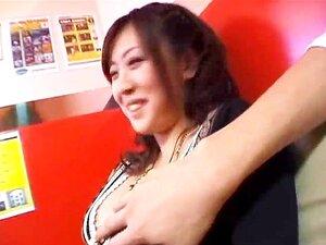 นานา Aoyama ดูดควยในร้านกาแฟ part2
