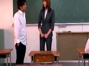 Yuma Asami Rape Can Not Escape A Female Teacher