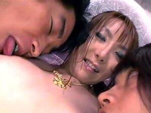JavOnDemand วิดีโอ: Yuna Hirose Part 4, Seated ระหว่างสองคน สวมถุงน่องเท่านั้น ดู Yuna ผ่านกลางระหว่างพวกเขา มือของพวกเขาเข้าถึงหน้าอกของเธอ fondling และบีบพวกเขา มือของพวกเขามาถึงระหว่างขาของเธอ ถูหีของเธอ และใช้ของเล่นช่วยตัวเองของเธอ Yuna moans มีความส