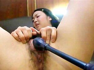 ญี่ปุ่นวัยรุ่น Mina Terashima ขี่เล่น