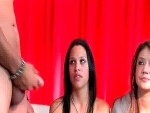 รายการโทรทัศน์ที่ Critiques พวกไก่และเทคนิคการร่วมเพศ-