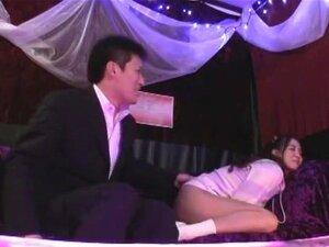 เซ็กซี่คาบาเรต์คลับ มาจินตนาการของสโมสรคาบาเร่ต์ในญี่ปุ่นที่เป็นเพศที่ปกติระหว่าง hostesses คาบาเร่ต์และลูกค้า ลืมเกี่ยวกับแชหมอชิต วิดีโอนี้สำหรับผู้ใหญ่มีภาพขวาเพศในเลานจ์ชั่วคราว นำแสดงโดย: อายากะ Tomoda, Saki Hatsuki, Tsumugi เซะ และ Risa มุระกะมิ สตู