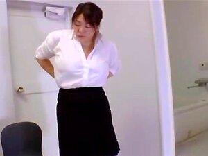 Mizuki Ann มีกระป๋องใหญ่ fondled น้ำมัน