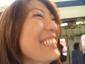Juri Wakatsuki รุ่นเอเชียน่ารักแห่งนี้