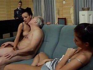 หนังโป๊เยอรมันเต็ม ไอน์เบิร์ตรีคไอน์โฟล์ค Ein Porno. หนุ่มเยอรมันร่านมีการ ravished ในหนังเรื่องนี้โป๊วินเทจ เป็ดรุ่นเก่าให้บางร่านวัยรุ่นดูแลผิวหน้า