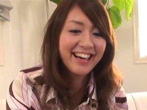 """ประสบการณ์ไข้ลึก ฮาราดะมิ.ย.ได้รับคะแนนสูงจากแฟน ๆ ญี่ปุ่นโป๊สำหรับ """"A Deep Feverish Experience ของเธอ"""" วิดีโอ กับหัวนมของเธอกระตุ้นอุปกรณ์ไฟฟ้ารุ่มร้อนบางและสั่นอยู่บนหีของเธอ ฮาราดะมิ.ย.ดวงตาของเธอย้อนกลับ และเริ่มต้นการเดินทางของวิดีโอเพศป่"""
