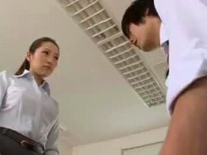 Cheerful oriental gal Asami Ogawa gives lever a nice sucking