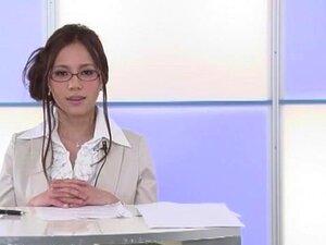 Fabulous Japanese slut Ruri Saijou in Horny Blowjob, CFNM JAV movie