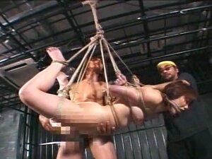เลวมีเซสชัน bdsm และเธอรักการลงโทษ